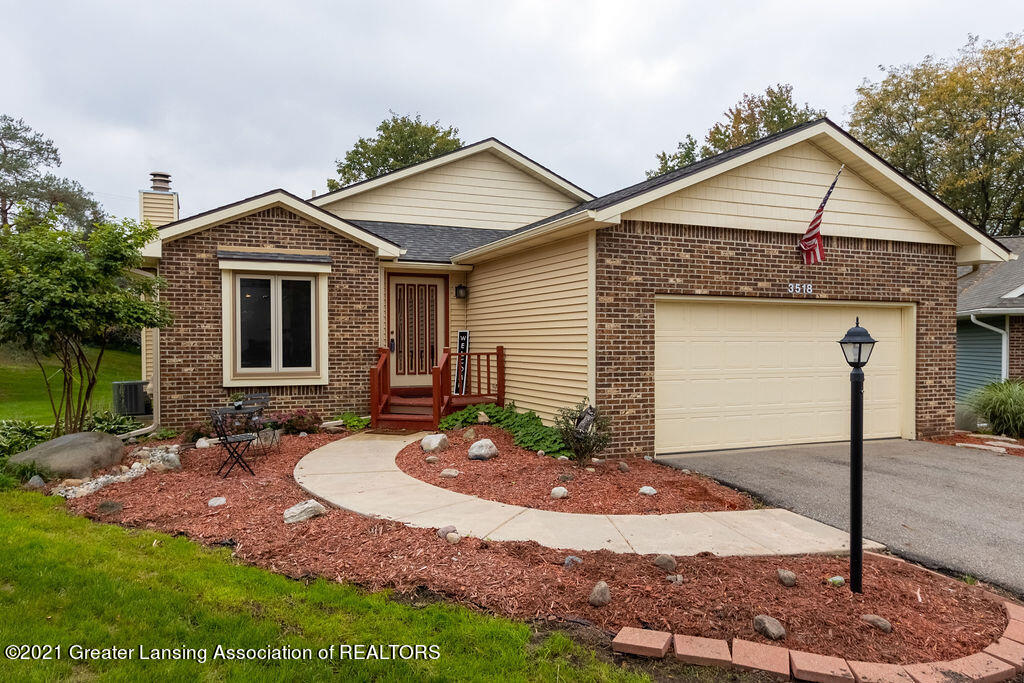 3518 Apple Valley Road Property Photo 1