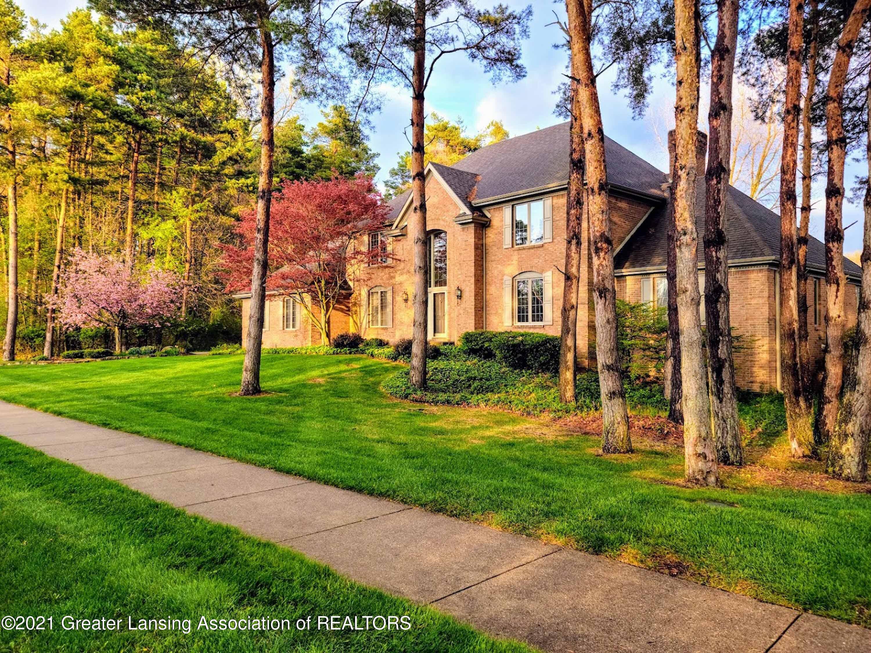 6380 Pine Hollow Drive Property Photo