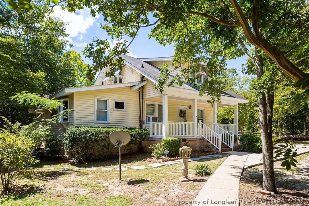 Oakcrest Real Estate Listings Main Image