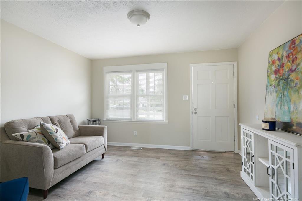 712 Miller Avenue Property Photo 4