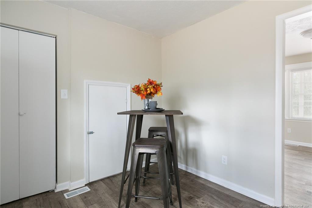 712 Miller Avenue Property Photo 6