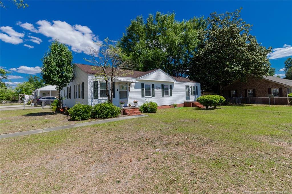 904 Godwin Avenue Property Photo