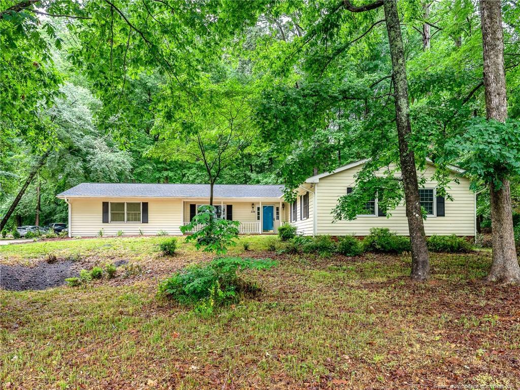 226 Lakeview Drive Property Photo 1