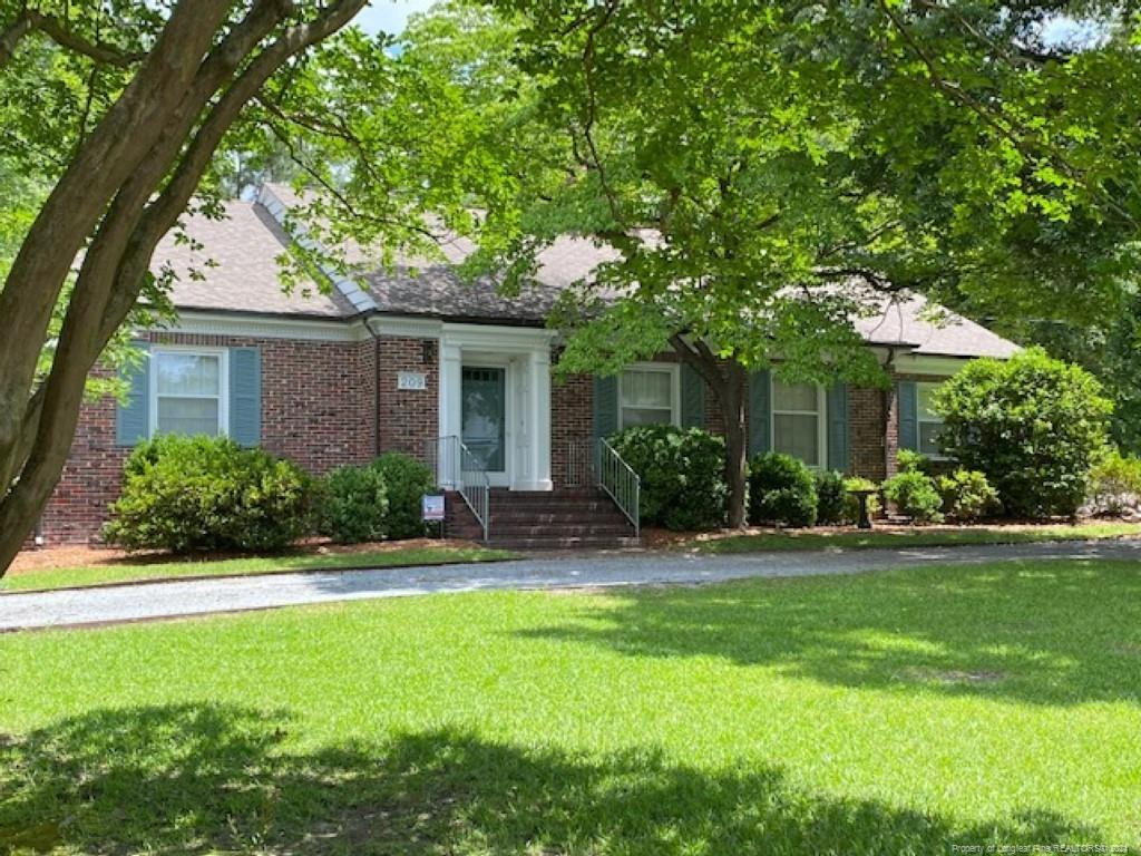 209 E 3rd Avenue Property Photo