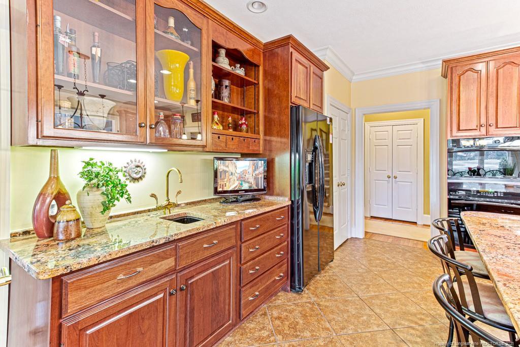 182 Ellerslie Drive Property Photo 11
