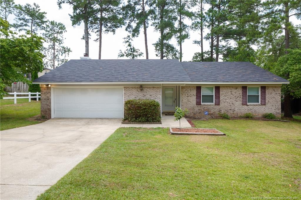 Hillendale W Real Estate Listings Main Image