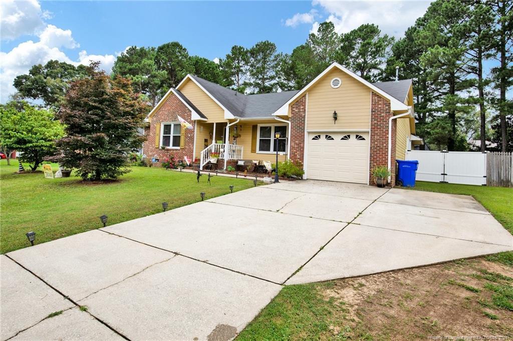 948 Flintwood Road Property Photo