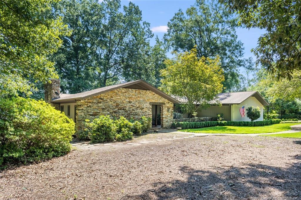 247 Lakeview Drive Property Photo