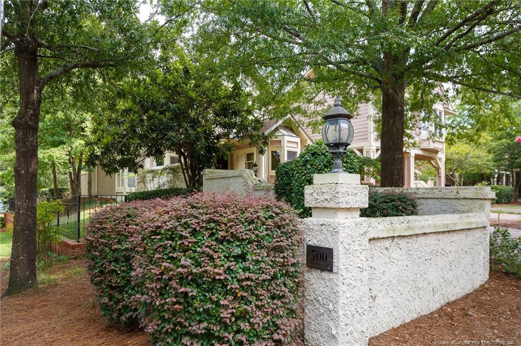 700 Haymount Real Estate Listings Main Image