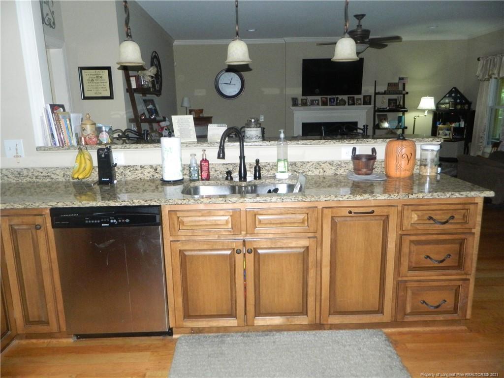 160 Ridgestone Drive Property Photo 9