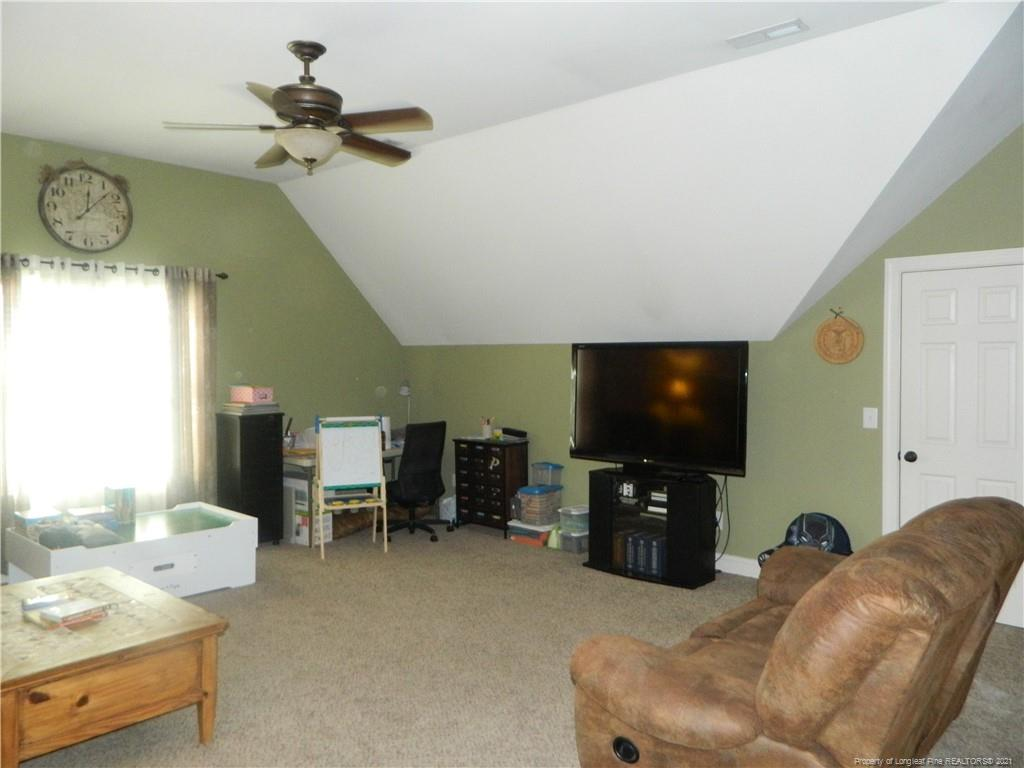 160 Ridgestone Drive Property Photo 36