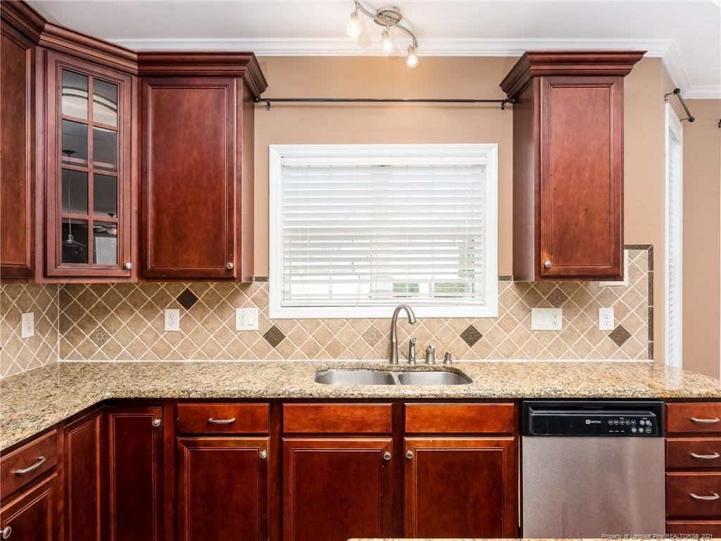 432 W Summerchase Drive Property Photo 11
