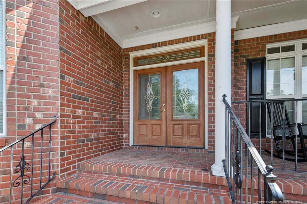 4200 Ferncreek Drive Property Photo 6