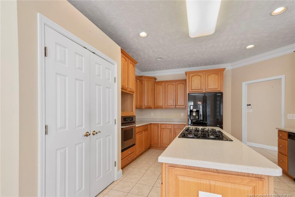 4200 Ferncreek Drive Property Photo 19
