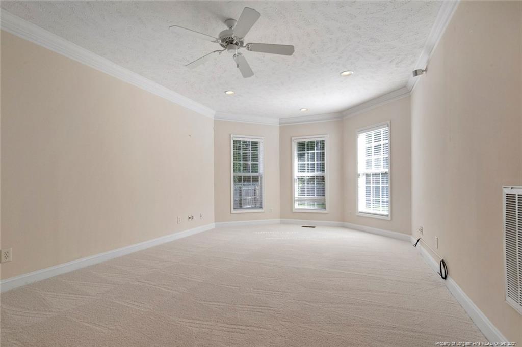 4200 Ferncreek Drive Property Photo 26