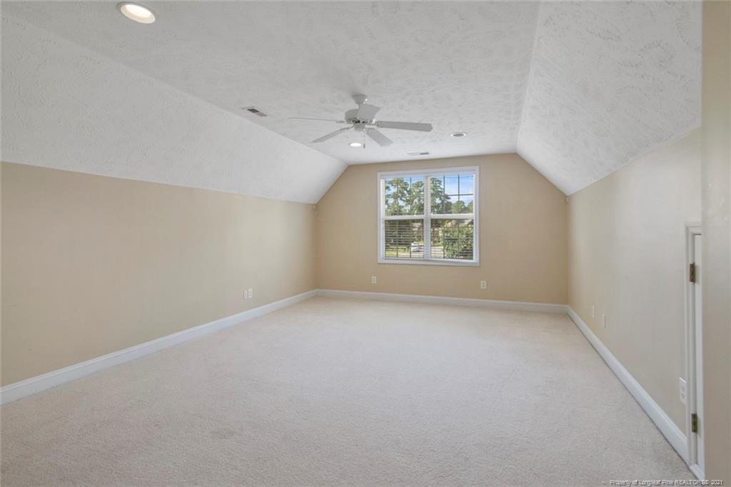 4200 Ferncreek Drive Property Photo 44
