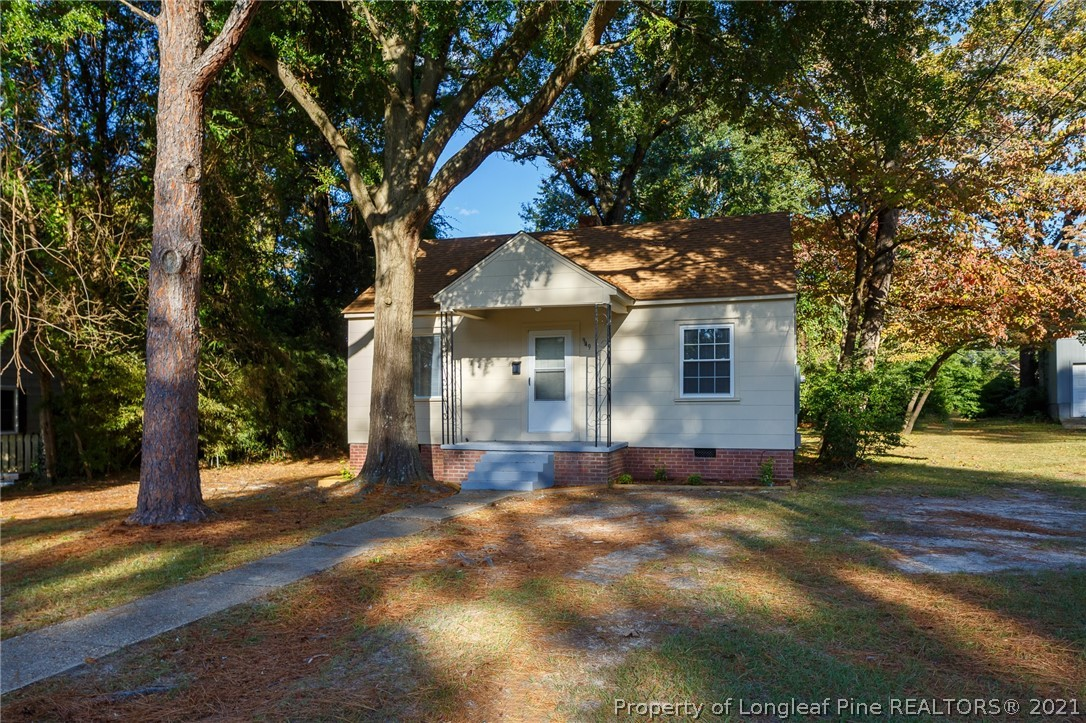 949 Chester Circle Property Photo