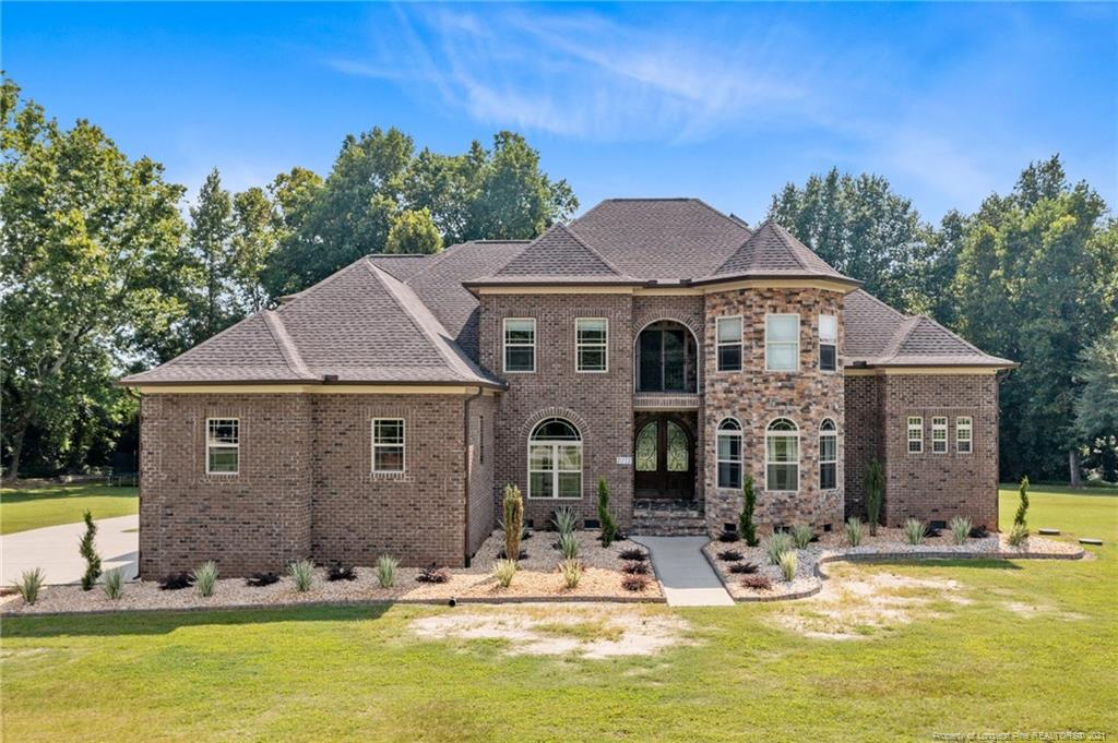 27501 Real Estate Listings Main Image