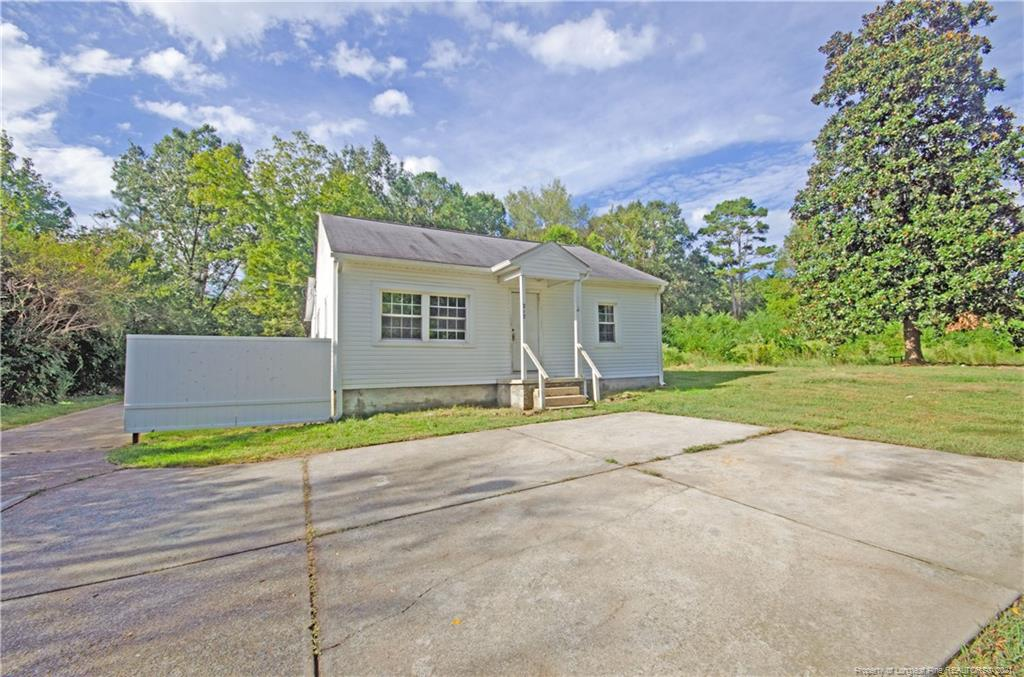 217 Fayetteville Road Property Photo