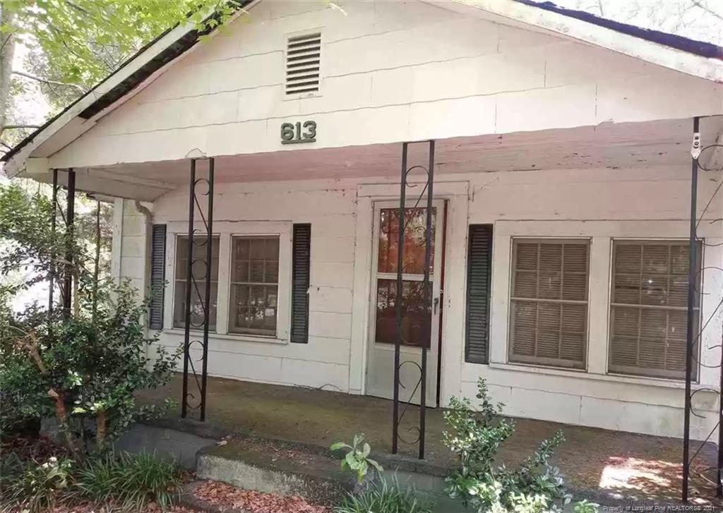 613 Jackson Street Property Photo