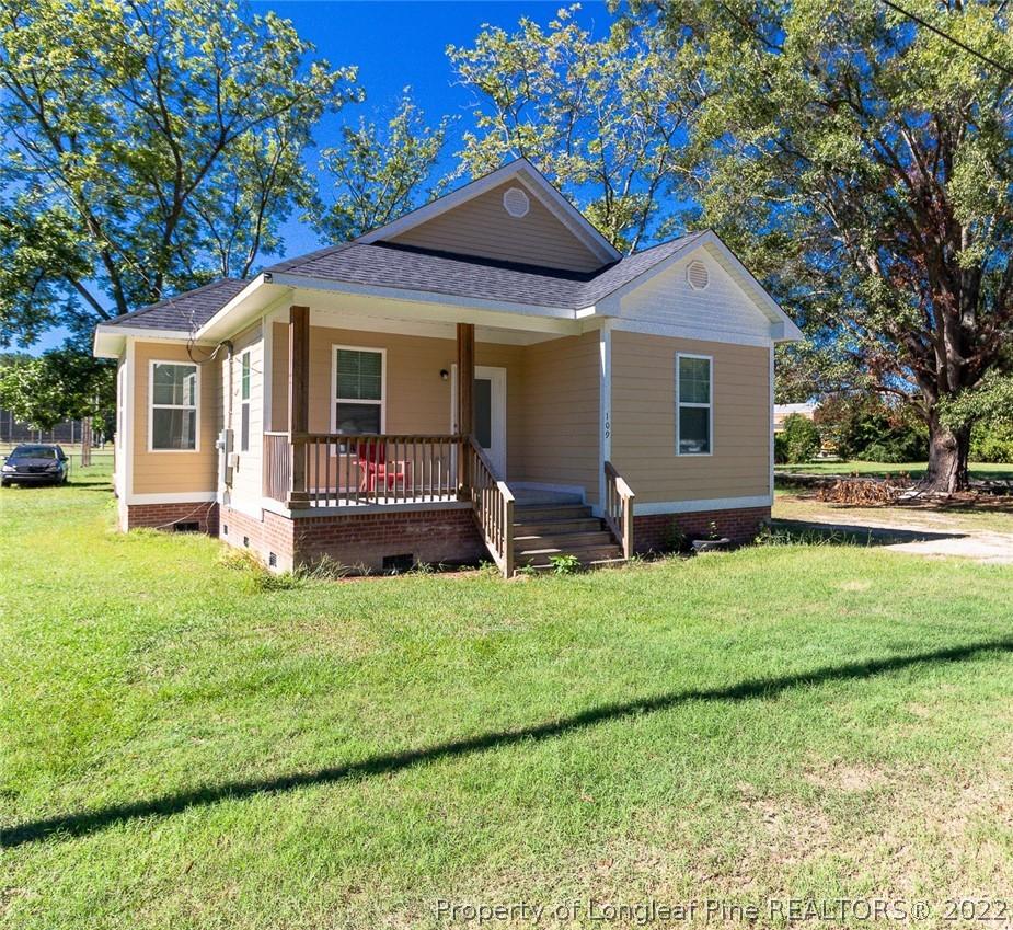 109 W Elm Street Property Photo