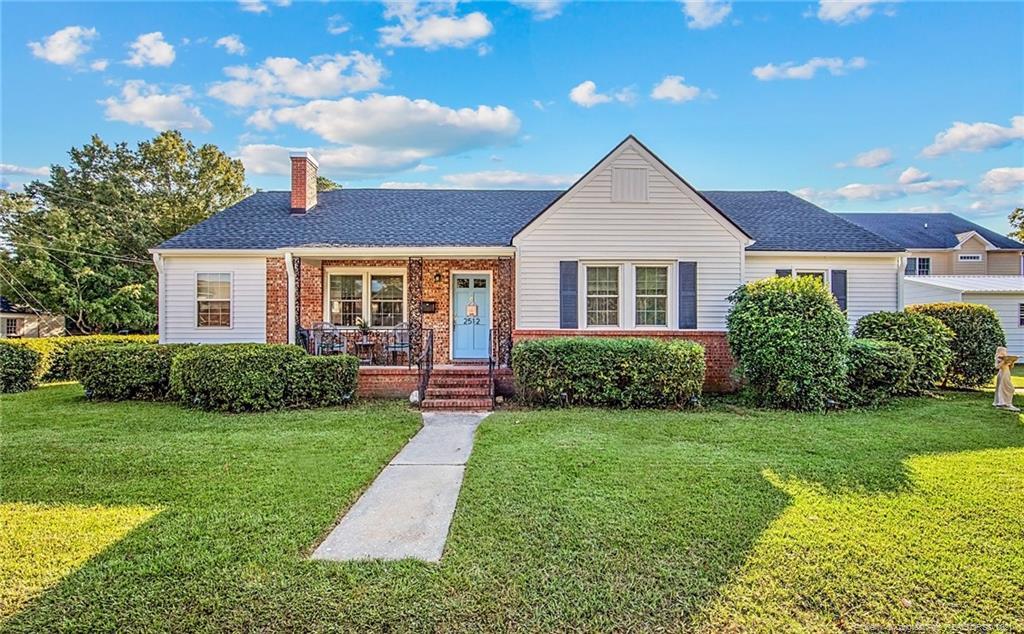 Fairfax Place Real Estate Listings Main Image