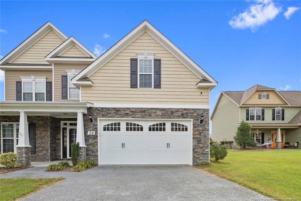 Chandlers Ridge Real Estate Listings Main Image