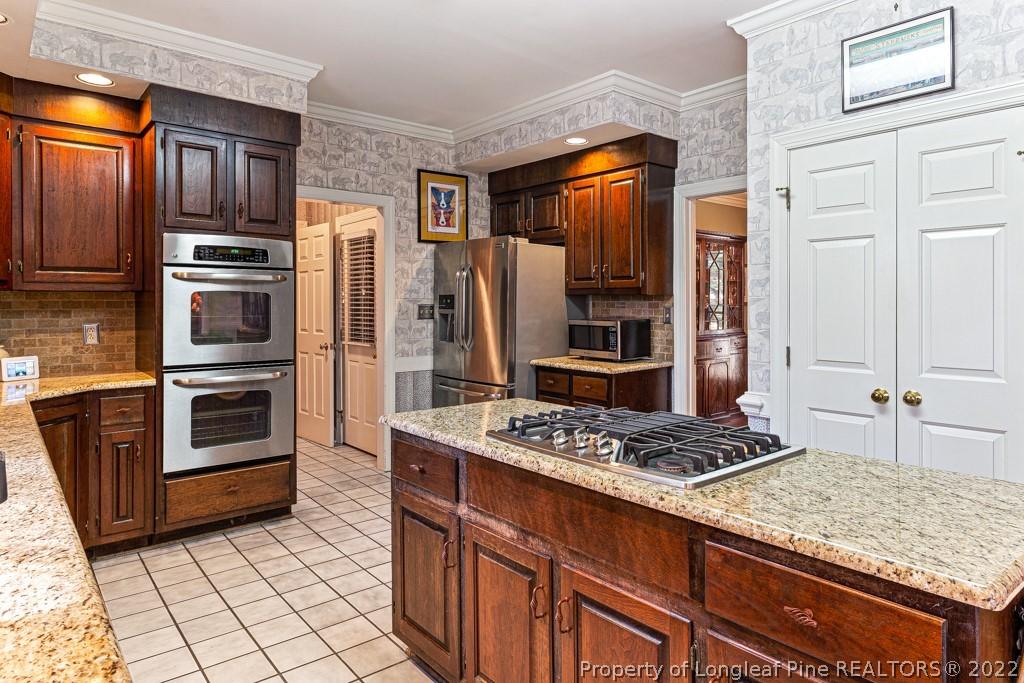 493 Kingsford Drive Property Photo 16