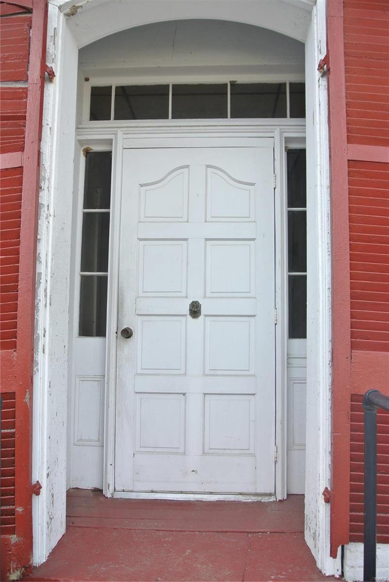 221 W St. Joseph Property Photo 4