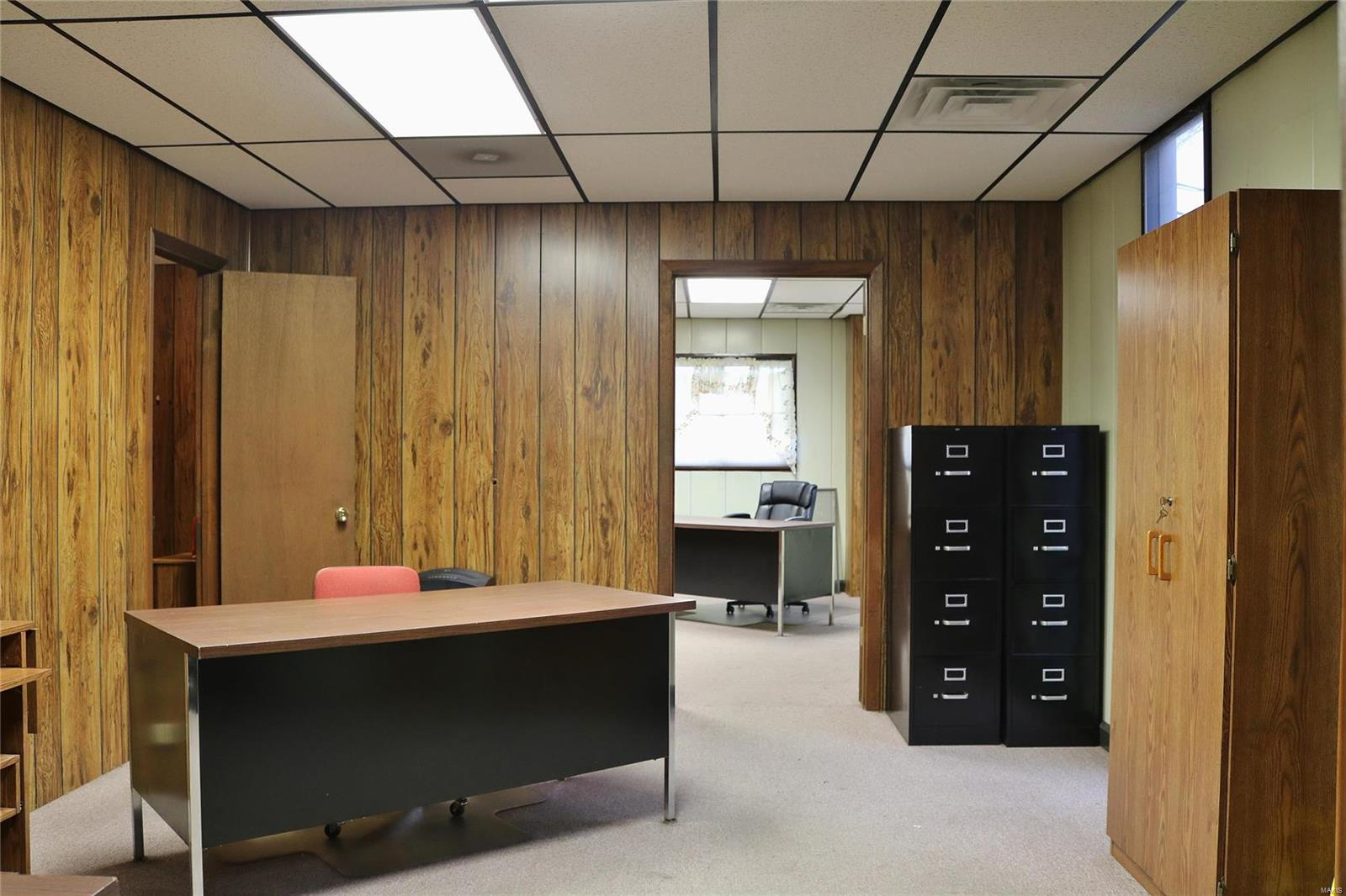 612 Industrial Drive Property Photo 11