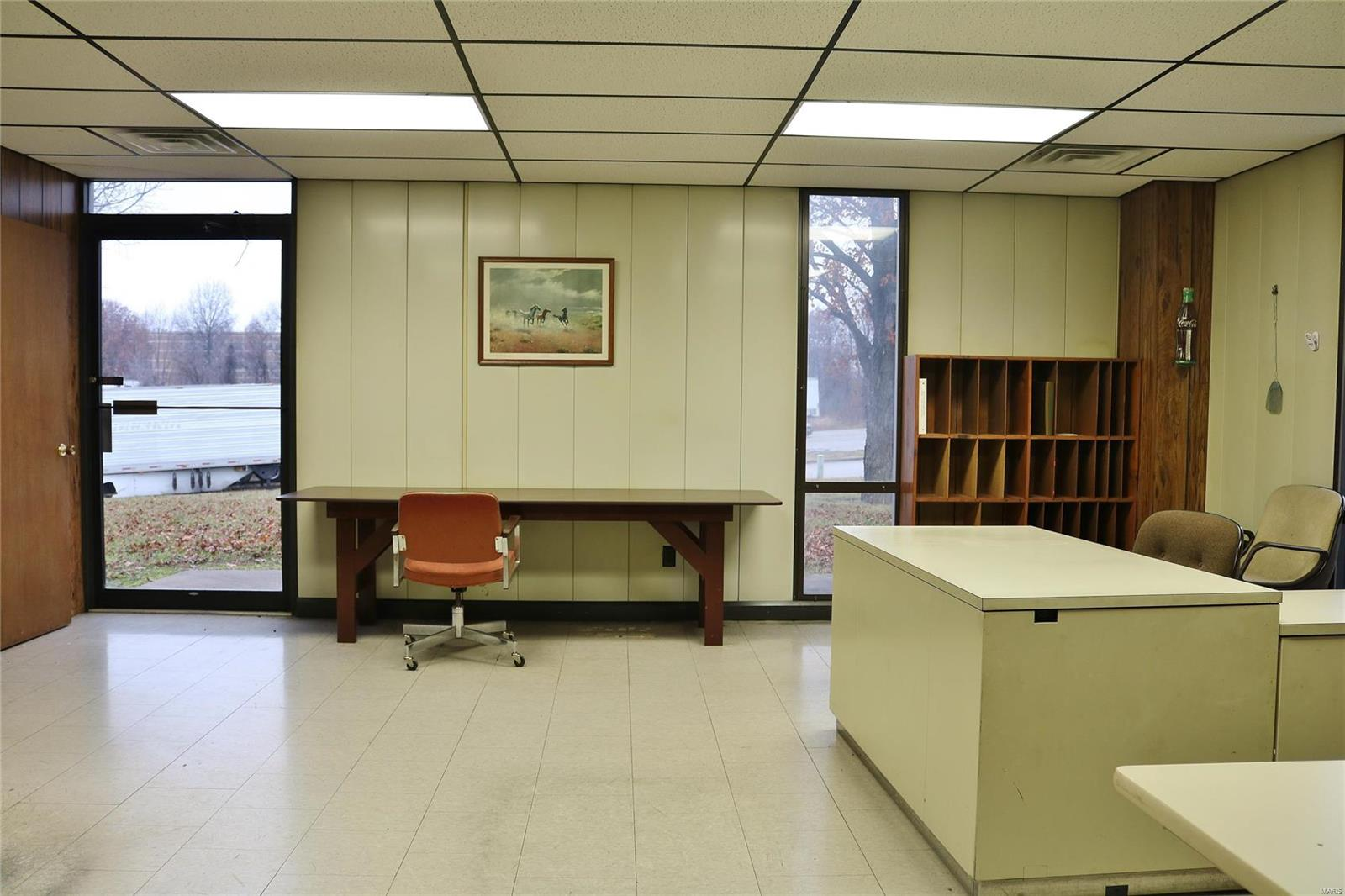 612 Industrial Drive Property Photo 16