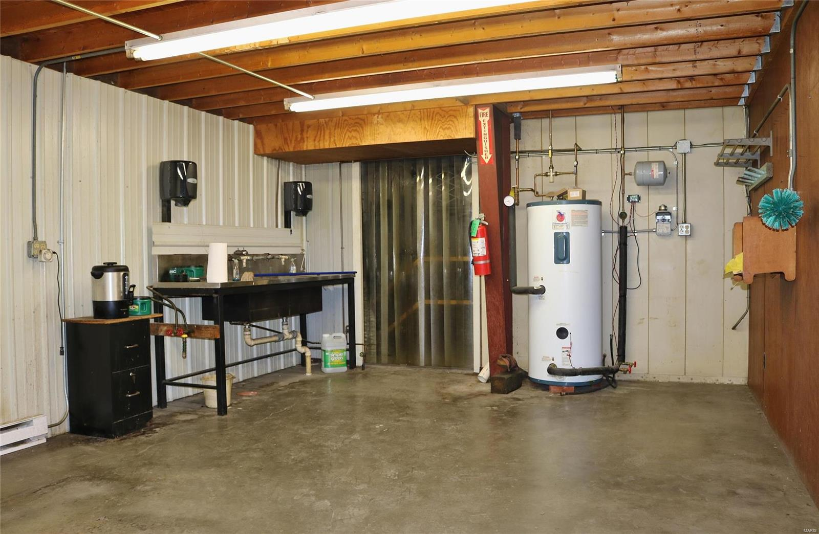 612 Industrial Drive Property Photo 22