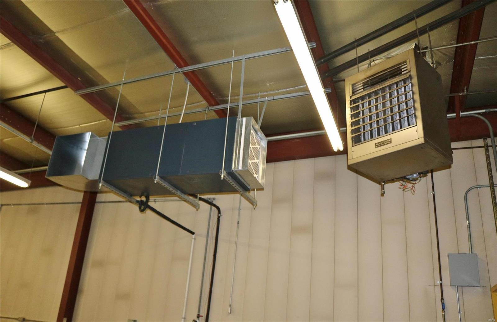 612 Industrial Drive Property Photo 25