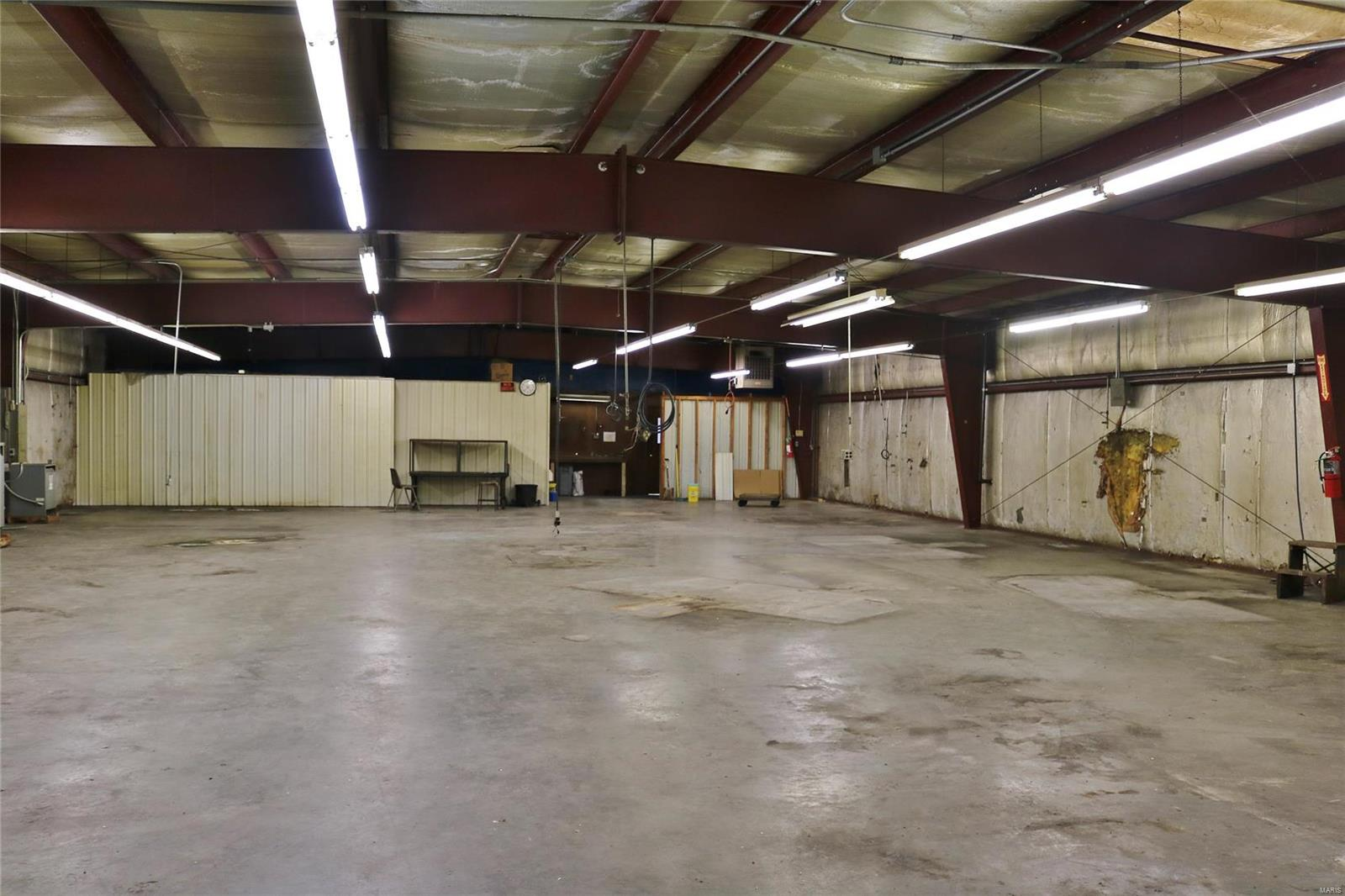 612 Industrial Drive Property Photo 48