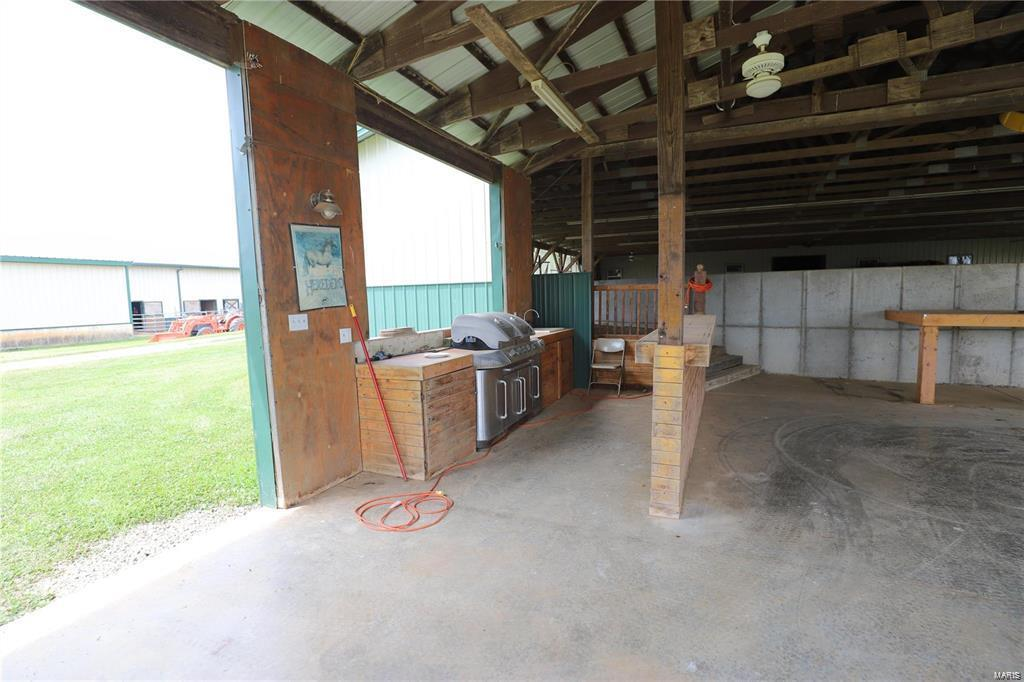 3086 Old Fredericktown Road Property Photo 14