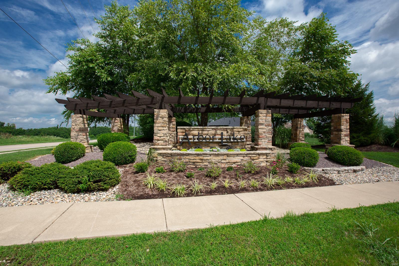 N 3721 Arbor Lake Property Photo