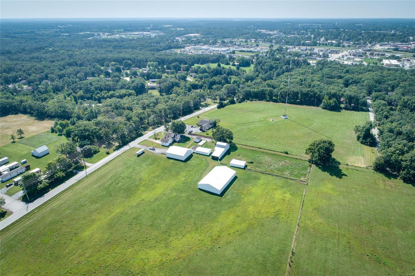 1301 N Hwy 47 Property Photo 1