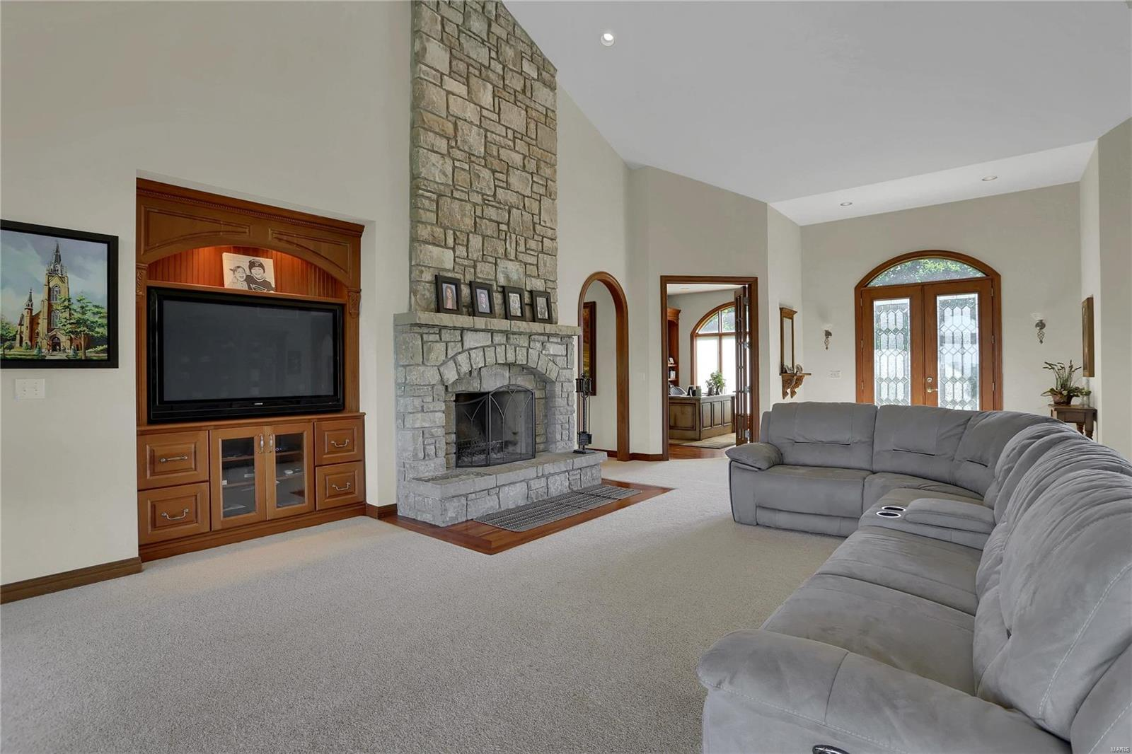 665 Forest Ridge Lane Property Photo 23