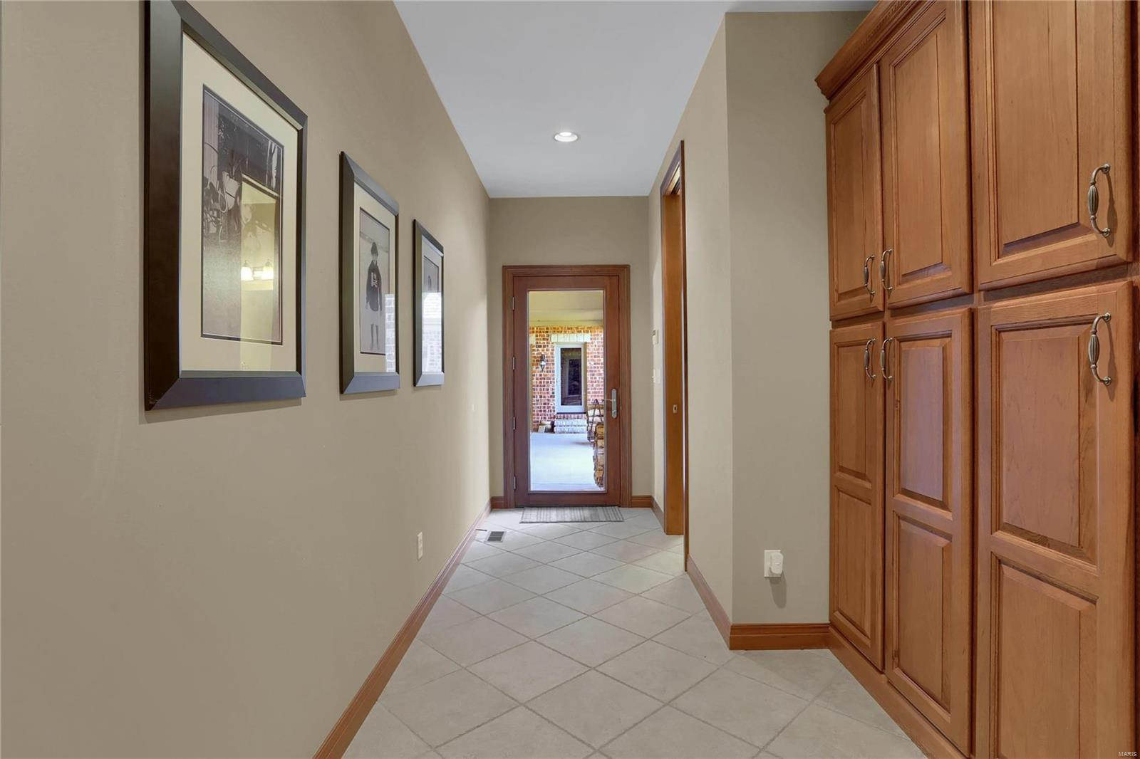 665 Forest Ridge Lane Property Photo 22