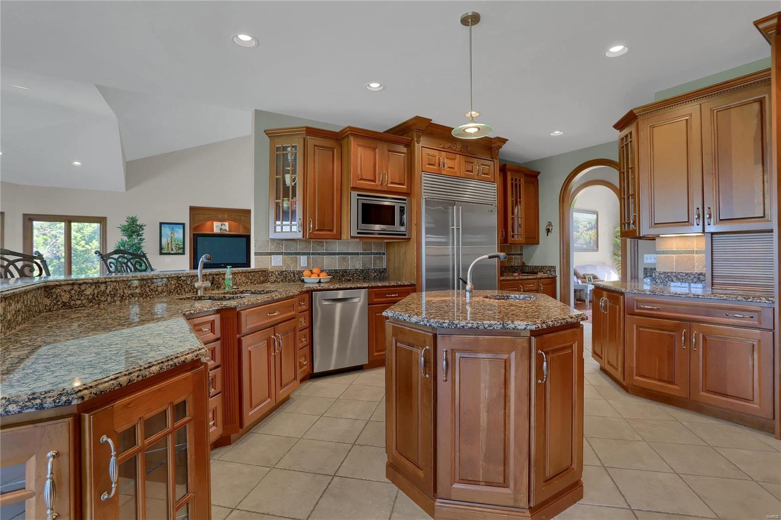 665 Forest Ridge Lane Property Photo 25