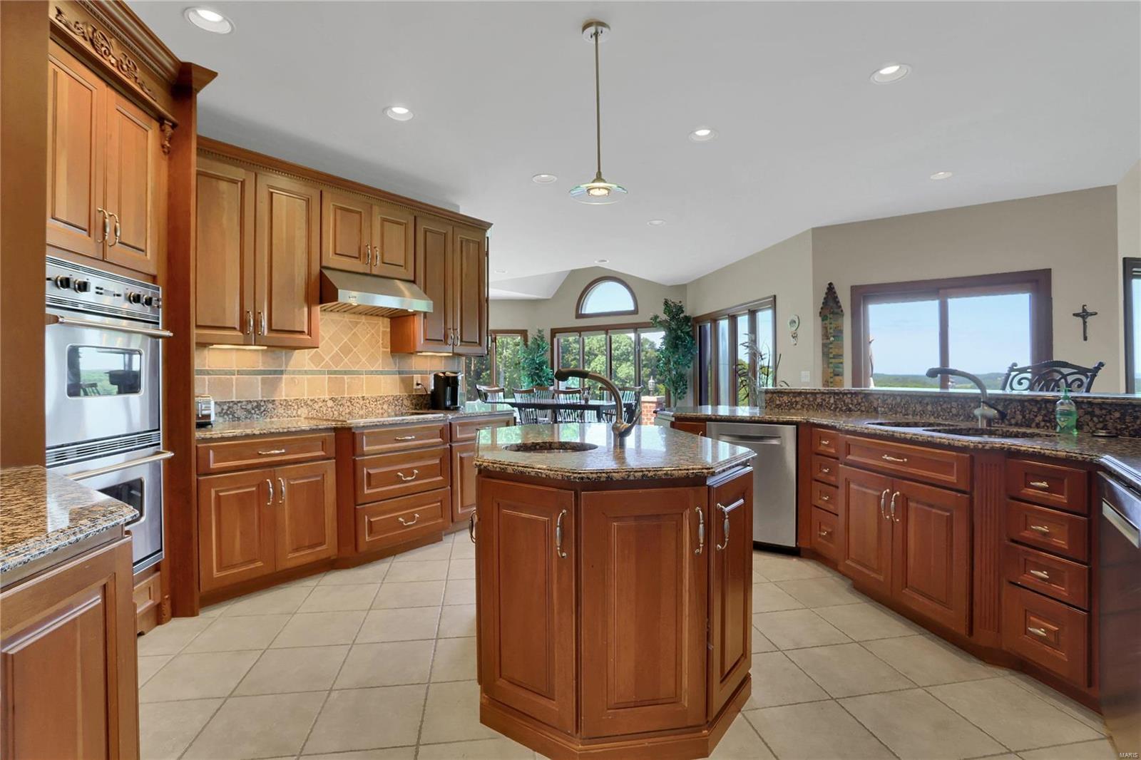 665 Forest Ridge Lane Property Photo 27