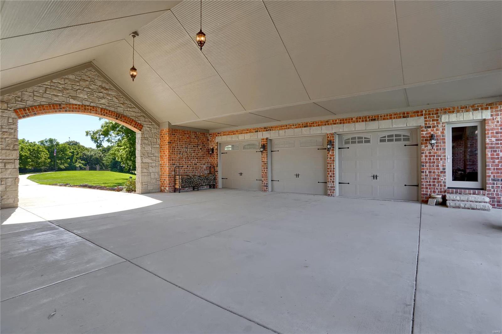 665 Forest Ridge Lane Property Photo 66