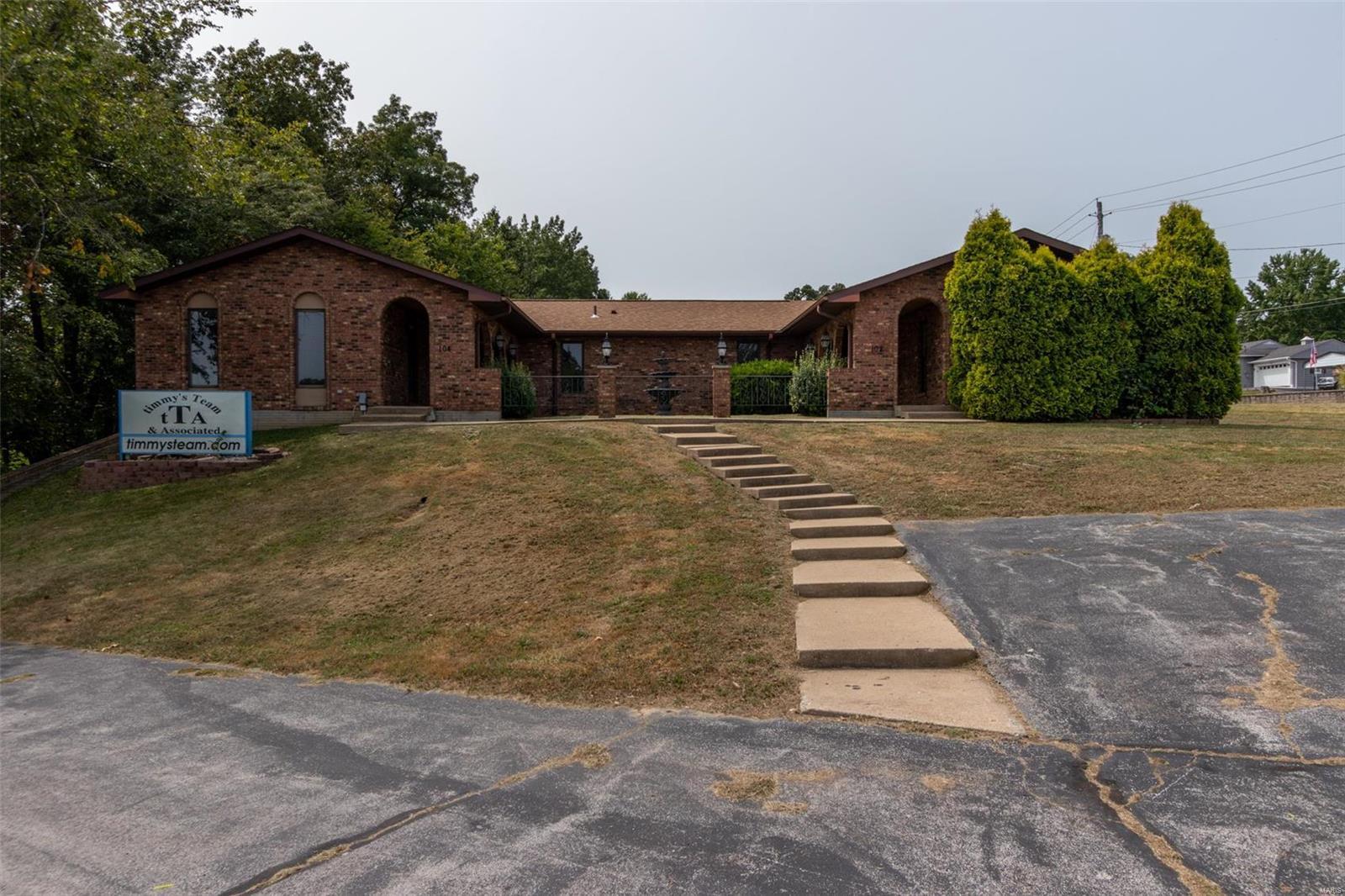 102 Collins Property Photo 1