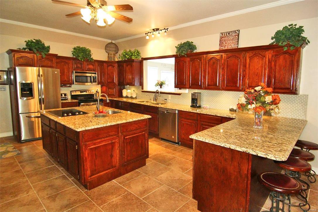 343 Graphite Lane Property Photo 14
