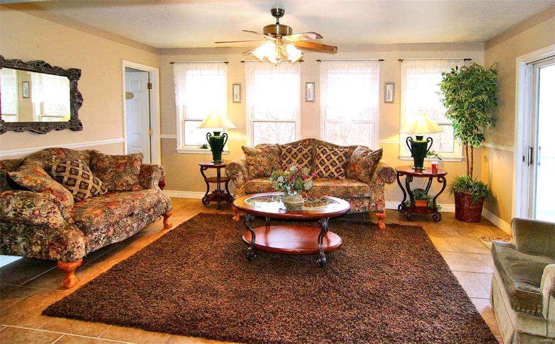 343 Graphite Lane Property Photo 16