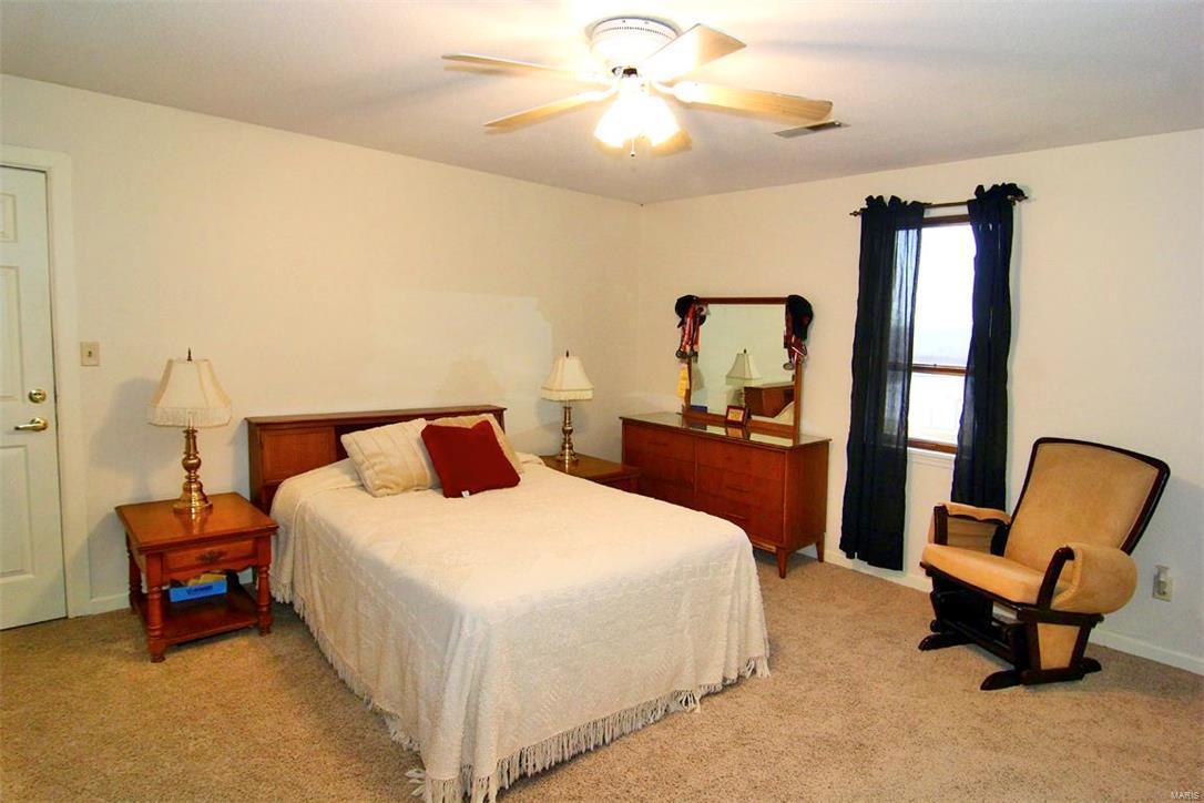 343 Graphite Lane Property Photo 23