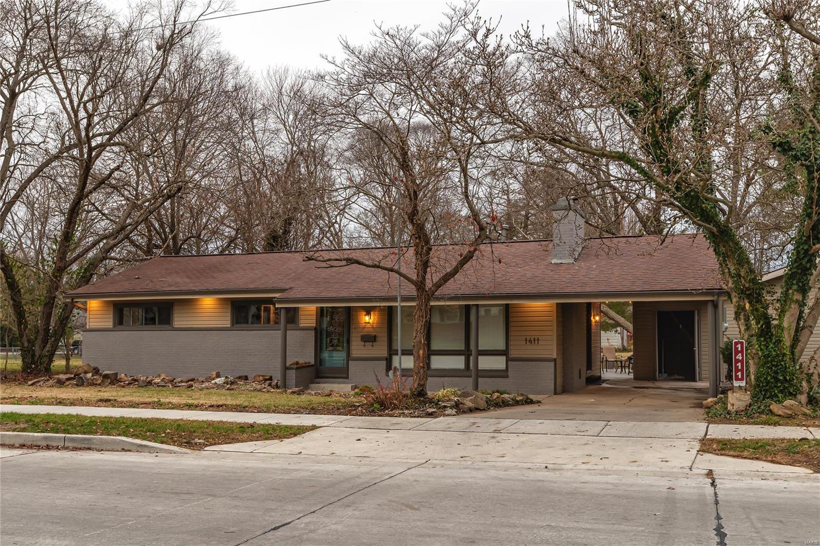 E 1411 St Louis Street Property Photo 2