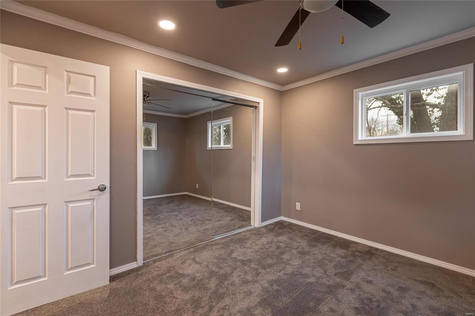 E 1411 St Louis Street Property Photo 6