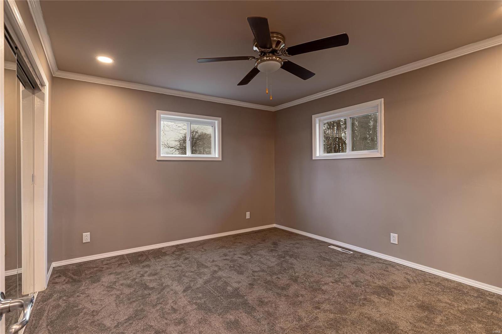 E 1411 St Louis Street Property Photo 11