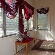W 606 Walnut Street Property Photo 6